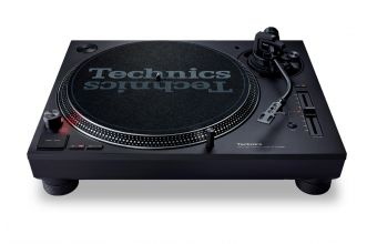 Technics SL1210MK7 (Black)